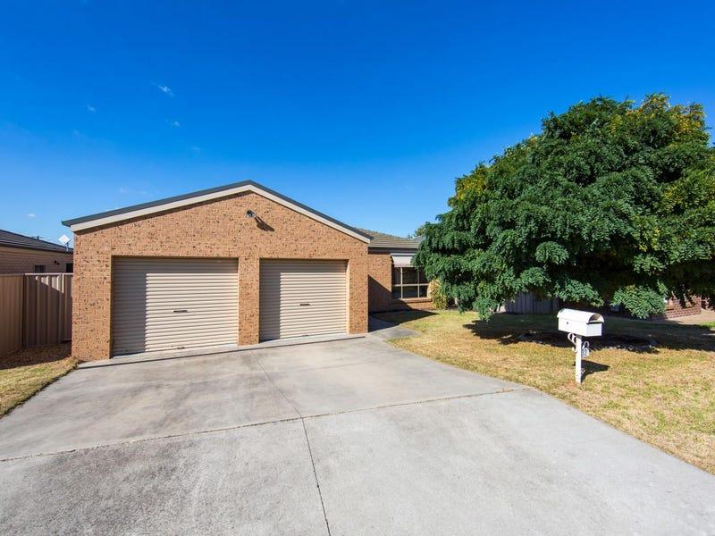 32 Chafia Place, Lavington, NSW 2641
