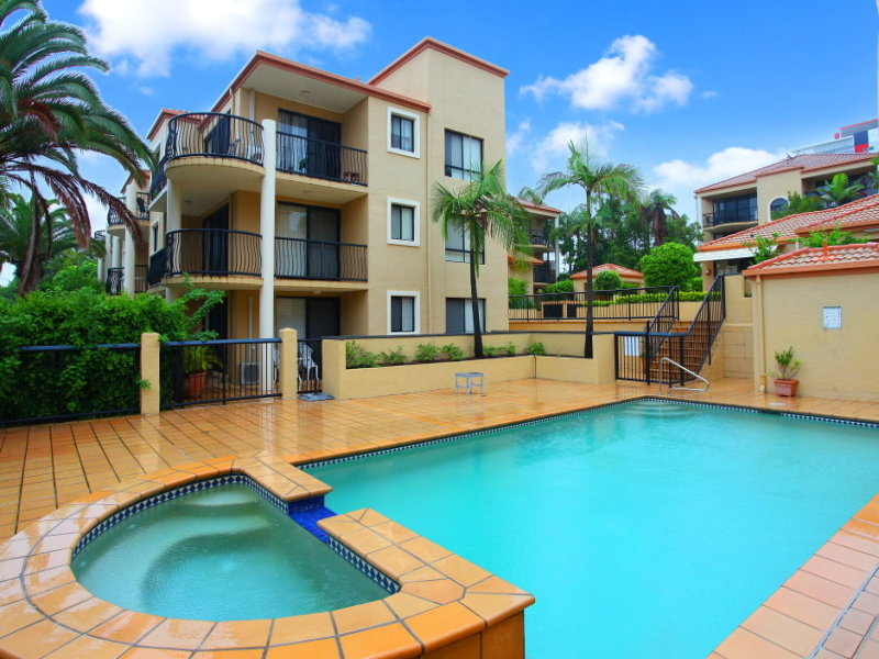 39/16 'Waverley Apartments' Waverley Street, Southport, Qld 4215