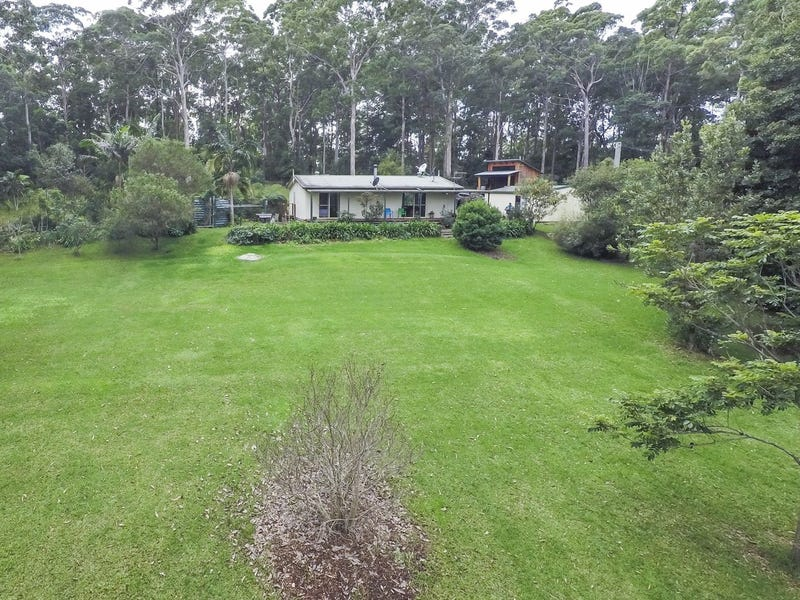 790 Wattley Hill Road, Wootton