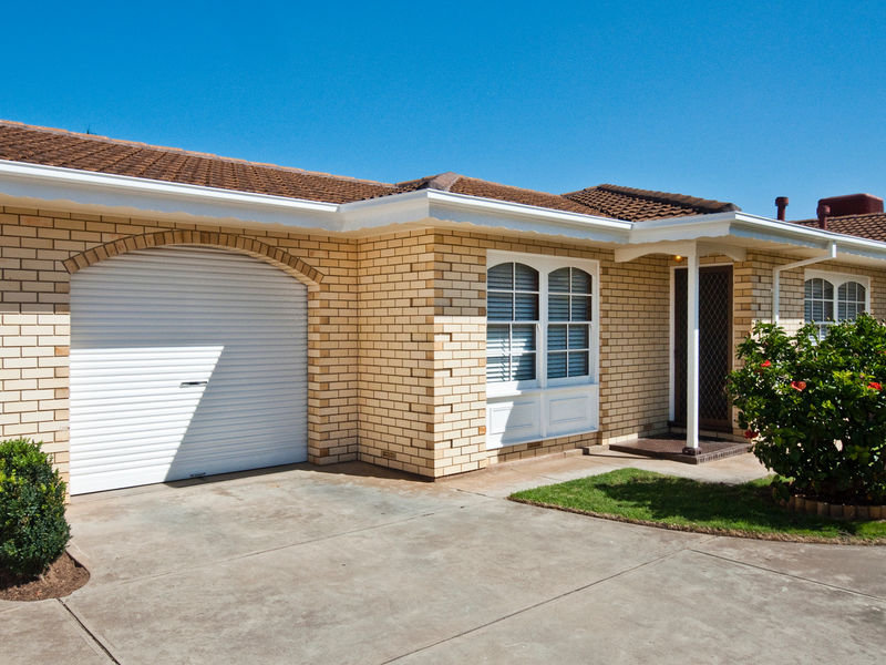 3/4 Balmoral Avenue, North Brighton, SA 5048