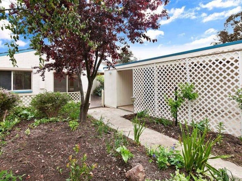 10 Crockett Place, Holt, ACT 2615