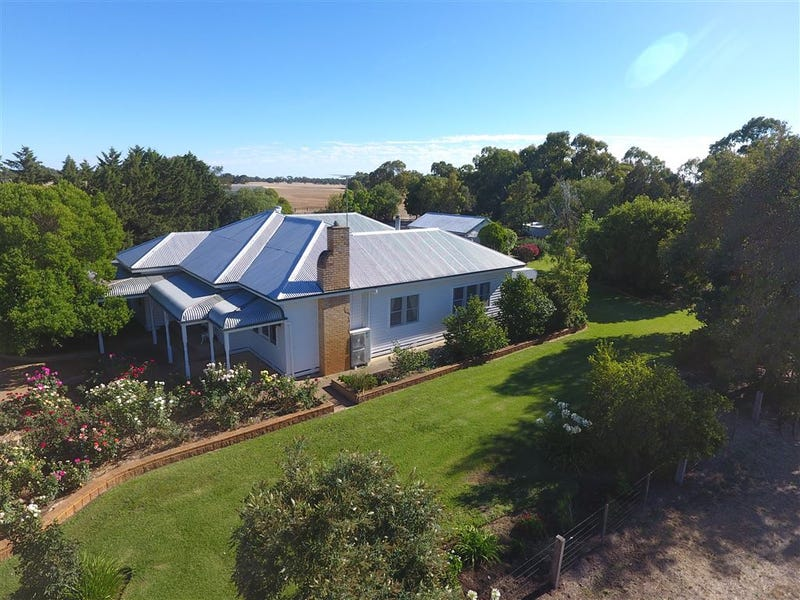 240 Vinoca Road, Avoca, Vic 3467