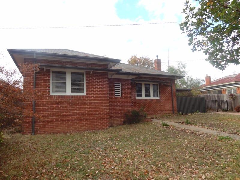 301 LAMBERT STREET, Bathurst, NSW 2795