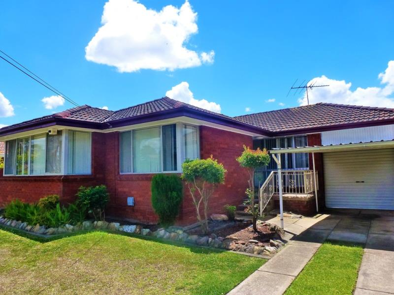 14 Supply Ave, Lurnea, NSW 2170