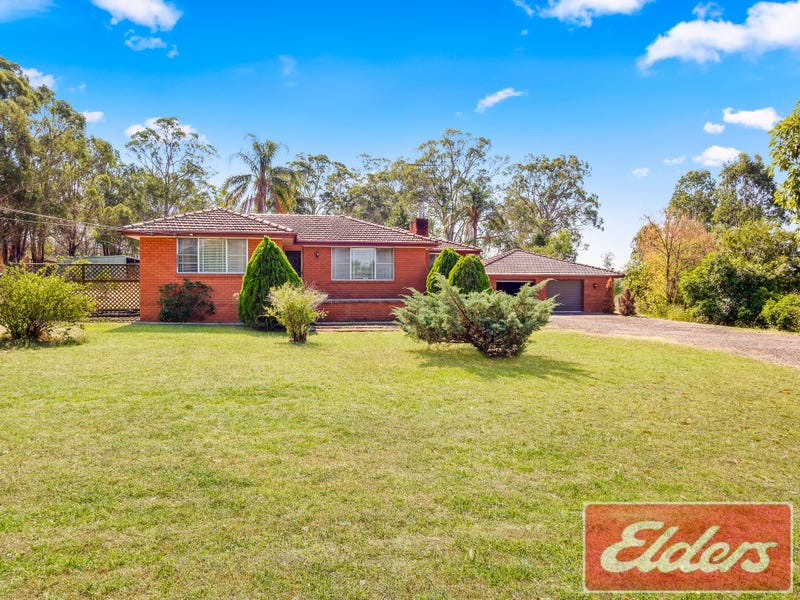 220 & 220A Seventh Avenue, Llandilo, NSW 2747
