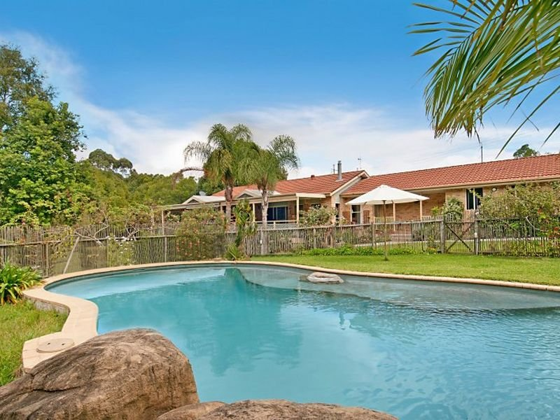 72 Picketts Valley Road, Picketts Valley, NSW 2251