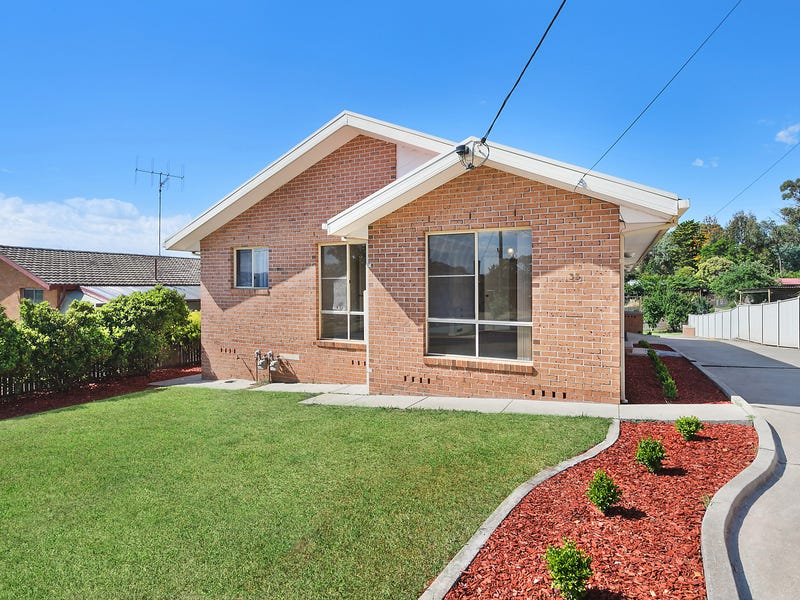 33 Gilmore Place, Queanbeyan, NSW 2620