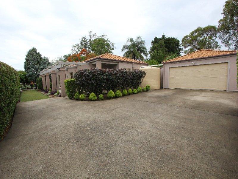 19 Brisbane Road, Newtown, Qld 4305