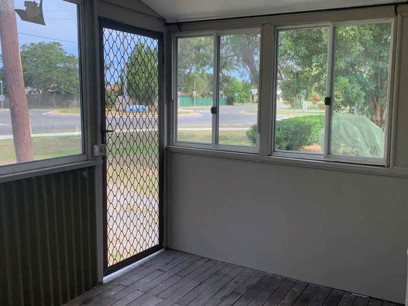 1892 STAPYLTON JACOBS WELL Road, Jacobs Well, Qld 4208