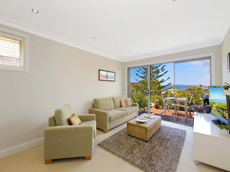 27 Headland Road, North Curl Curl, NSW 2099