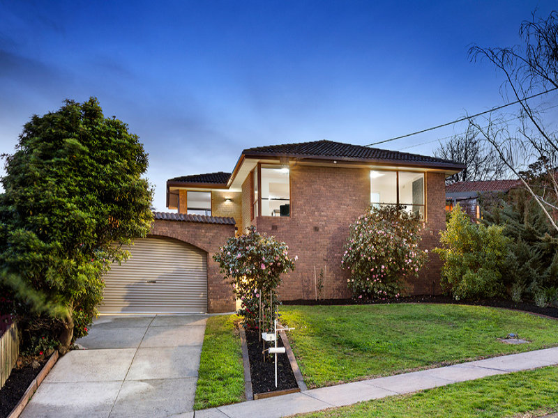 7 Elysee Court, Strathmore Heights, Vic 3041
