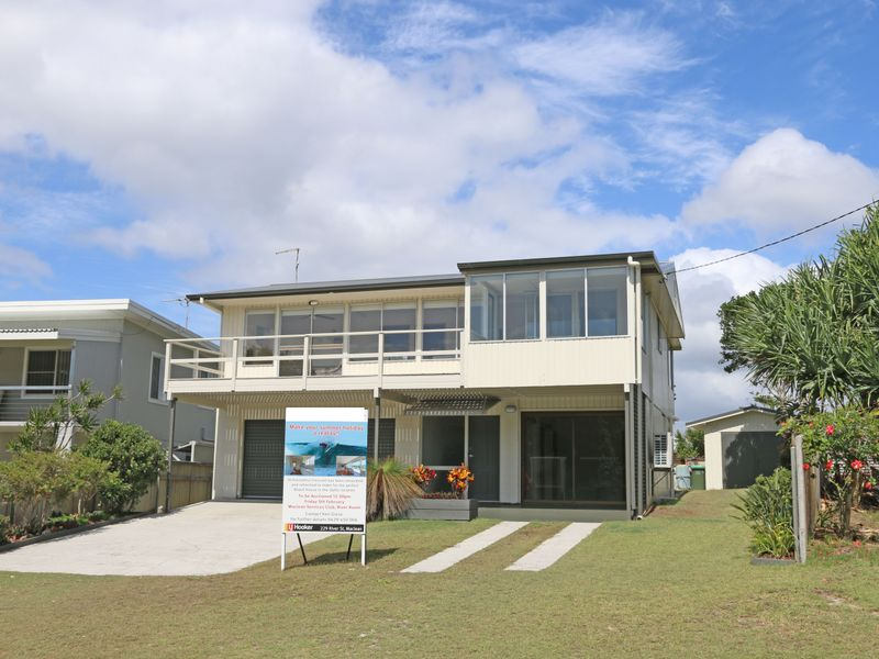 10 Poinsettia Crescent, Brooms Head, NSW 2463