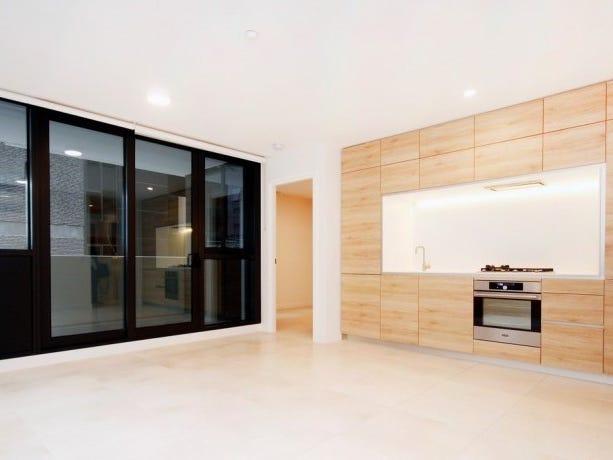 210/12 Queens Road, Melbourne, Vic 3004