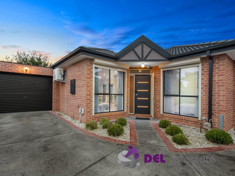 2/8 Oakwood Avenue, Dandenong North, Vic 3175