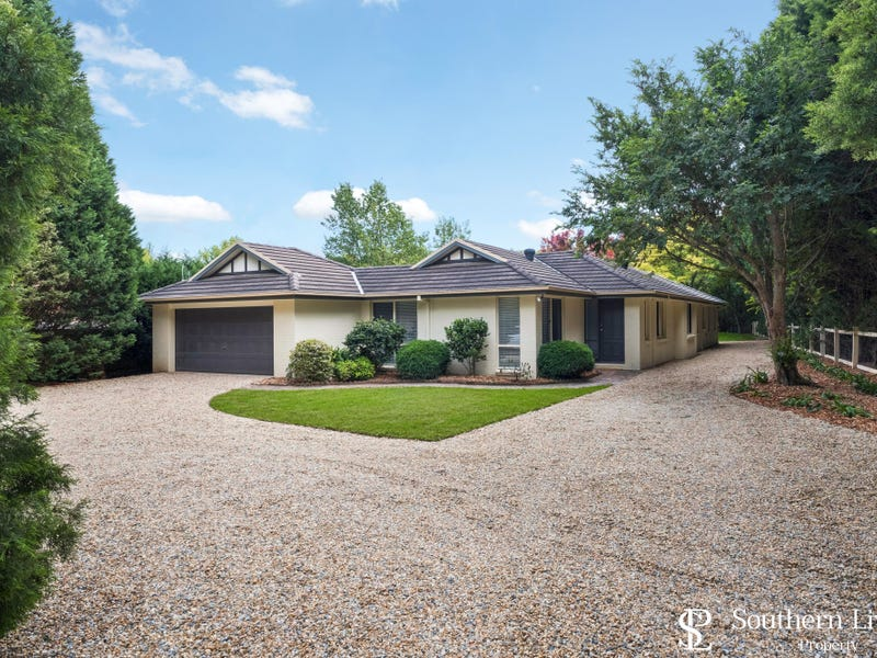 18 Old South Road, Bowral, NSW 2576