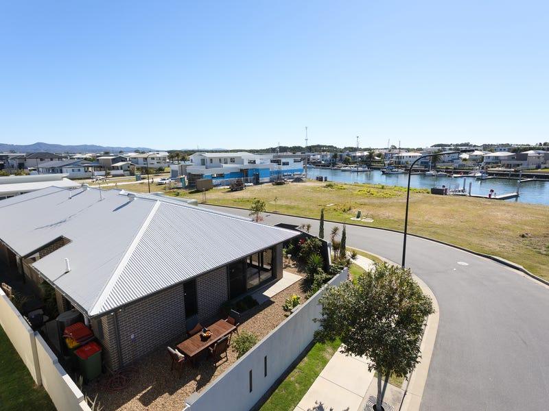 19 View Line Terrace, Hope Island, Qld 4212