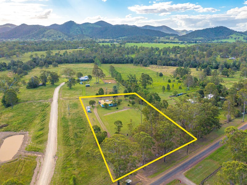 78 Power Road, Widgee, Qld 4570