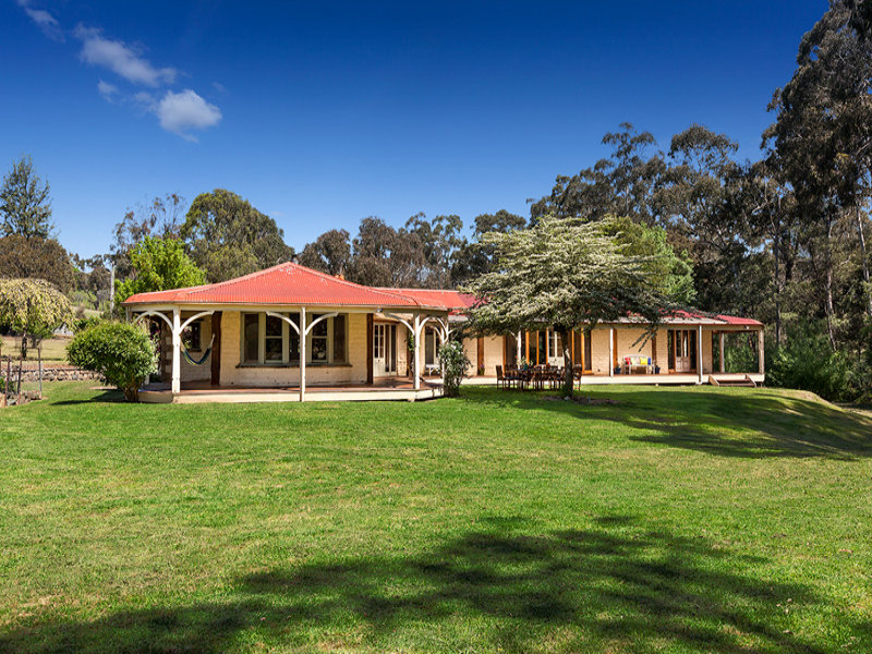 1989 Heidelberg Kinglake Road, St Andrews, Vic 3761