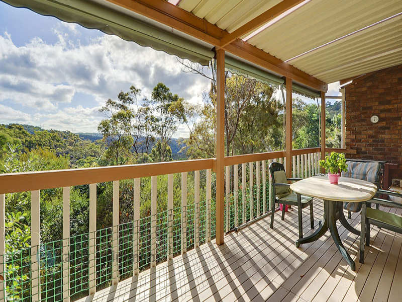 15 Bowral Close, Hornsby Heights, NSW 2077
