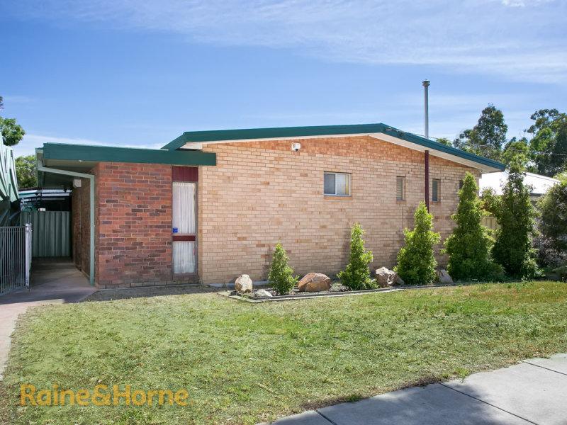 65 Gormly Avenue, Wagga Wagga, NSW 2650