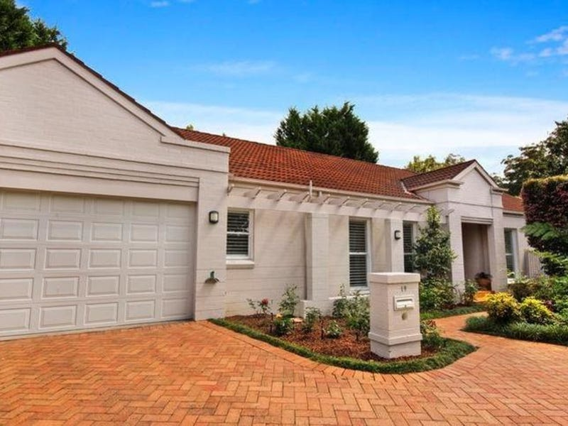 19 Stanley Close, St Ives, NSW 2075
