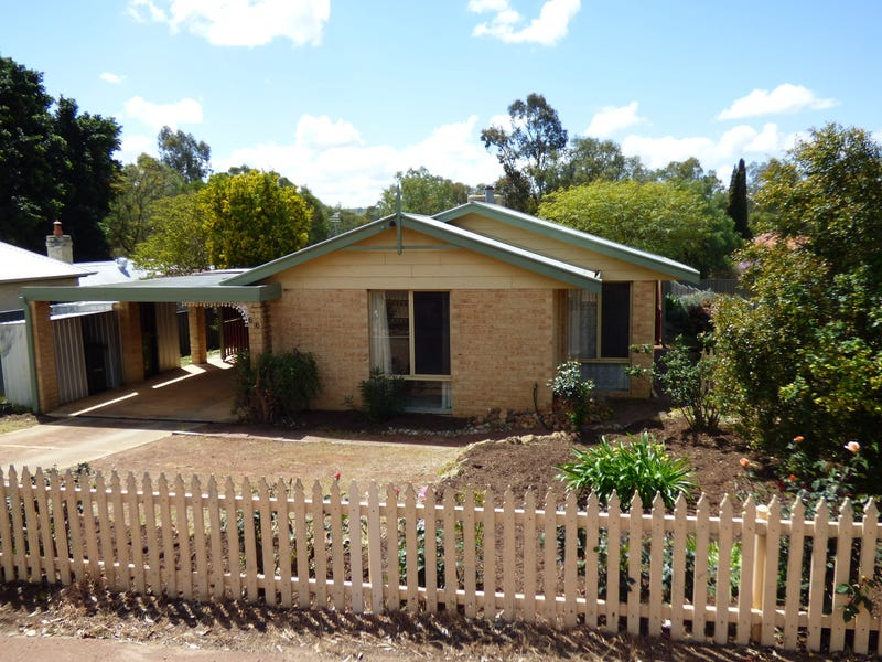 66 Stirling Tce, Toodyay, WA 6566