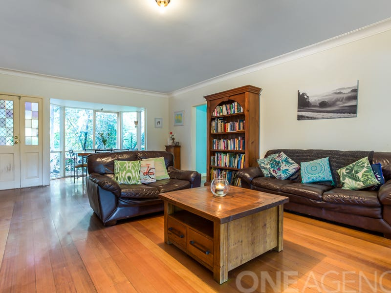 14 Georges  Road, The Patch, Vic 3792