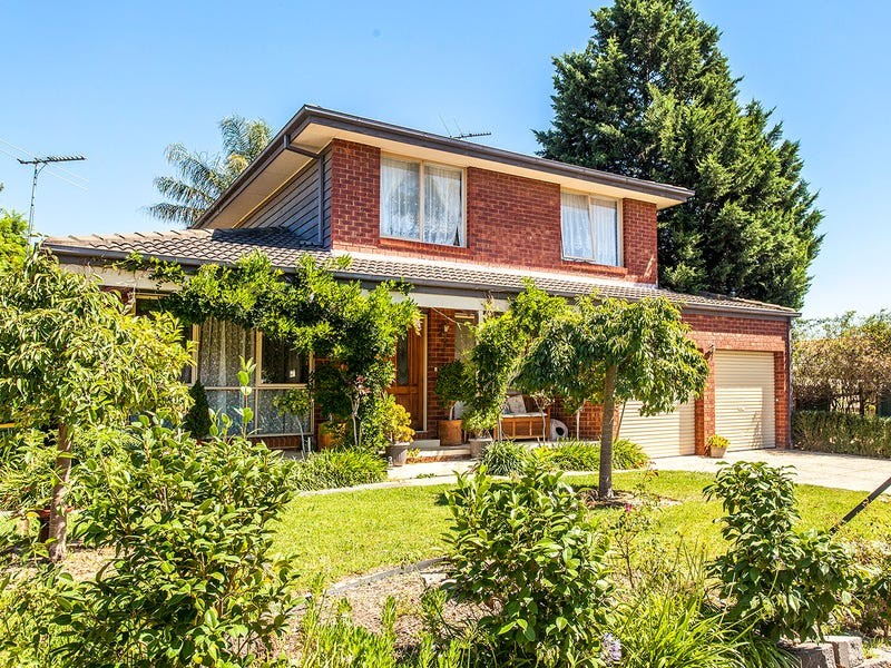 71 Lakesfield Drive, Lysterfield, Vic 3156