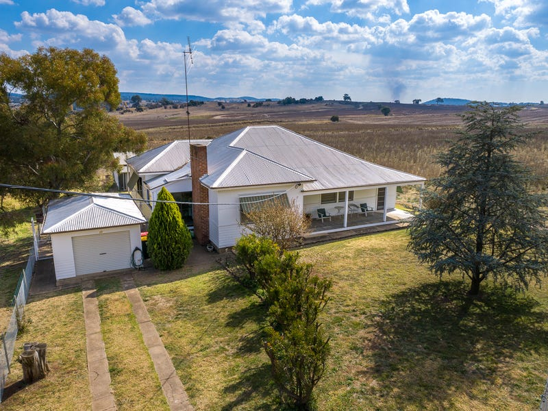 32 Euchareena Road, Molong, NSW 2866