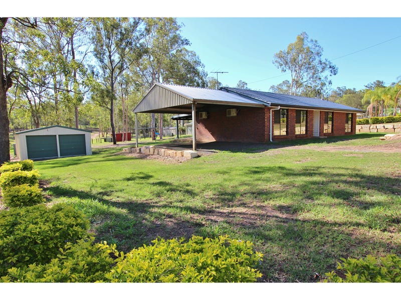 554-556 Junction Road, Barellan Point, Qld 4306