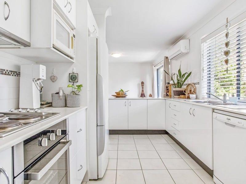Villas for Sale in Macquarie Hills, NSW 2285 - realestate com au