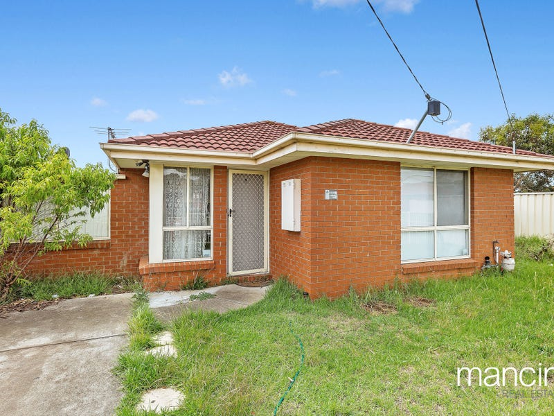 1/41-43 Linden Street, Altona Meadows, Vic 3028