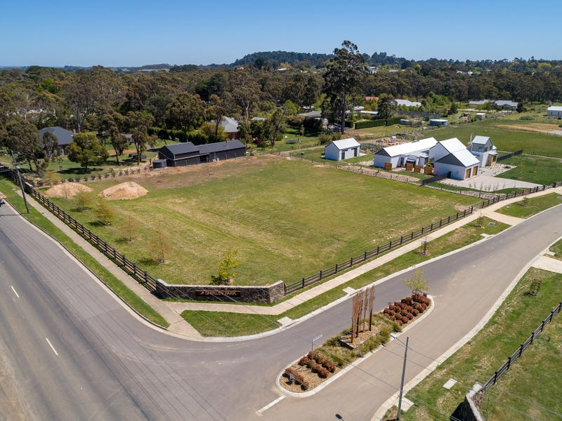 3 Shirley Park Lane corner Mt Macedon Road, Woodend, Vic 3442