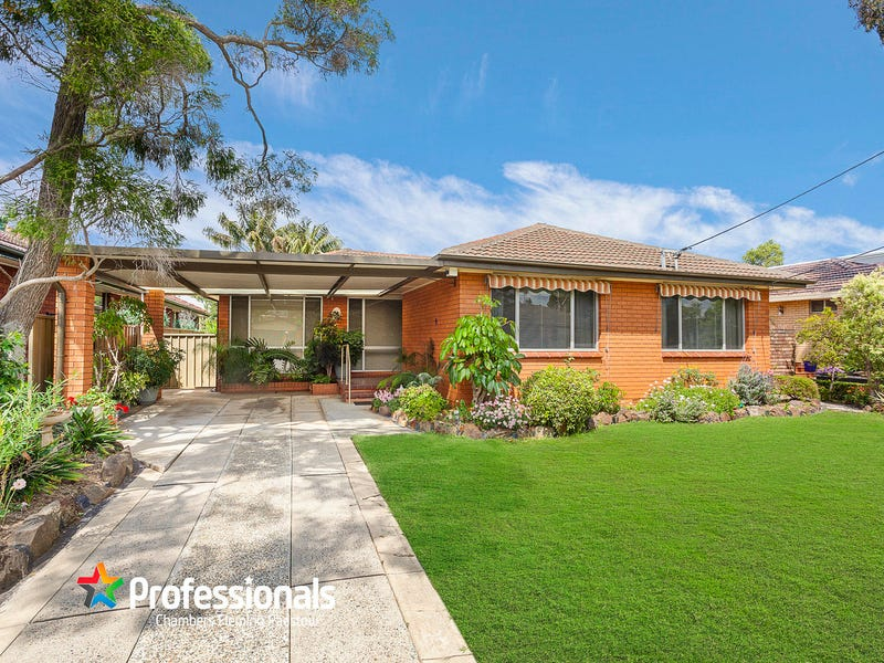 59 Apex Avenue, Picnic Point, NSW 2213