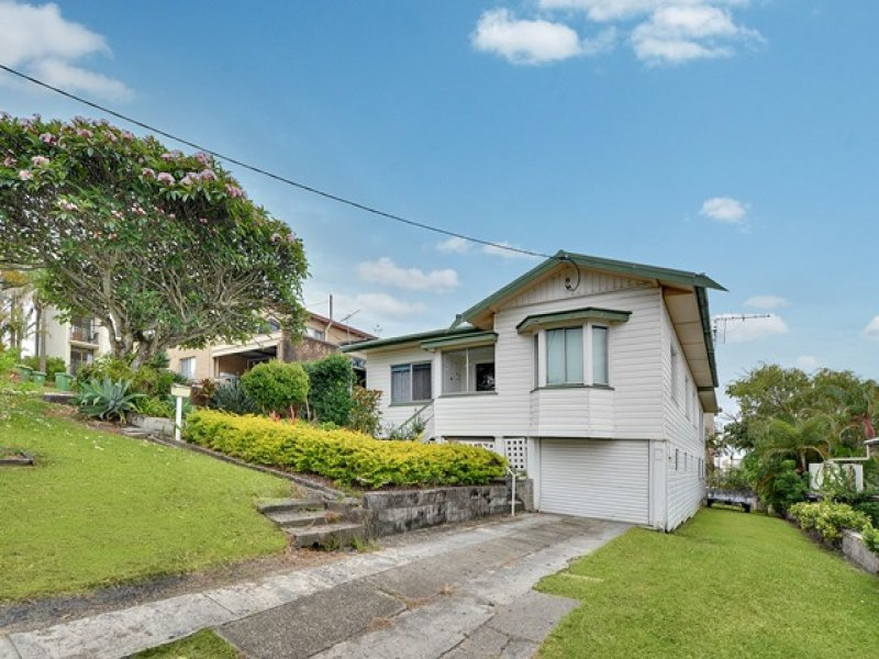 11 Upper Gay Terrace, Kings Beach, Qld 4551