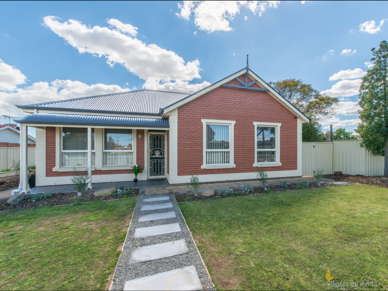 1/12 Gordon Avenue, Clearview, SA 5085