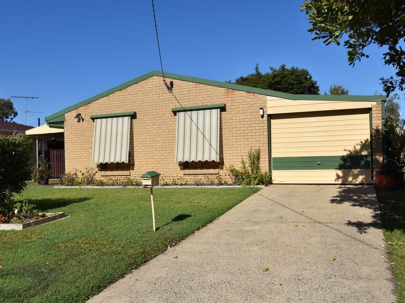 48 Kingfisher Drive, Bongaree, Qld 4507