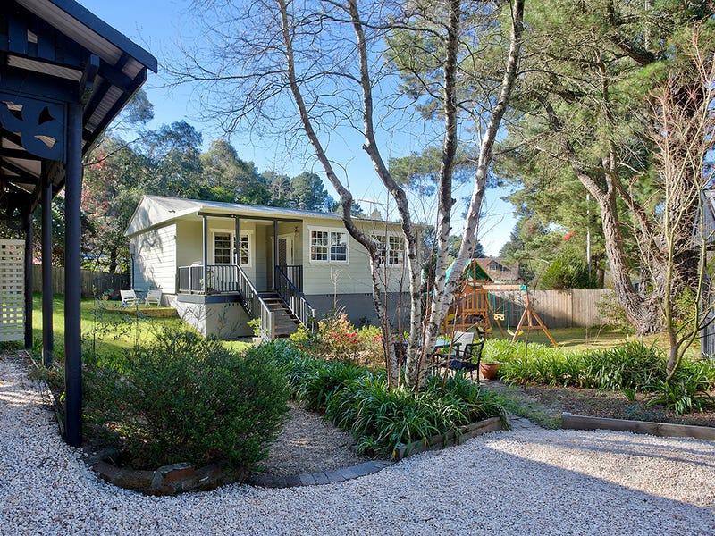 12 Scott Avenue, Leura, NSW 2780