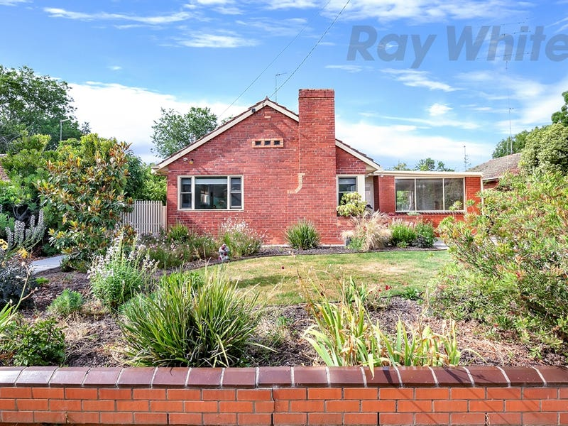 13 Waller Avenue, Newington, Vic 3350