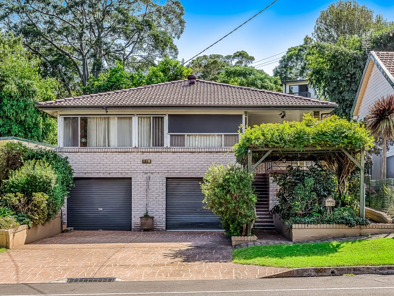 228 Gladstone Avenue, Mount Saint Thomas, NSW 2500