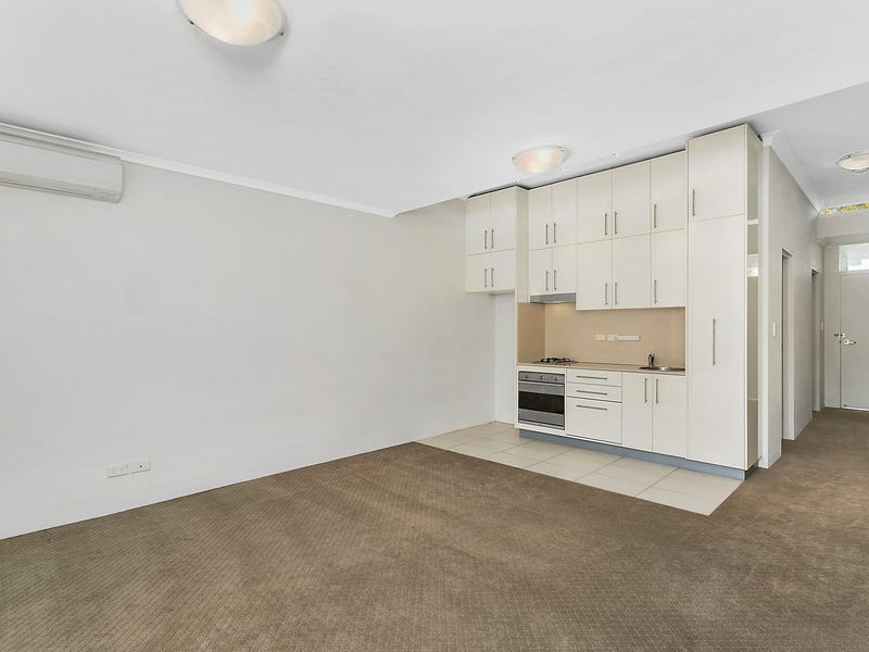 18/28 Nursery Street, Hornsby, NSW 2077