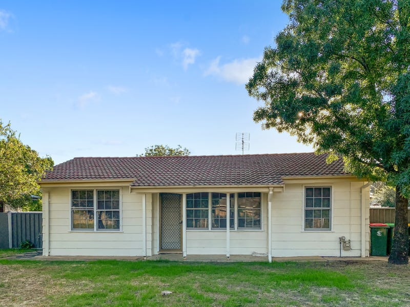 4 Crouch Street, Forbes, NSW 2871