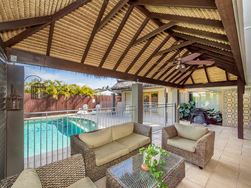 13 Boongala Road, Broadbeach Waters, Qld 4218