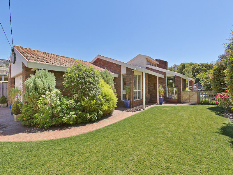 9 Dimar Court, Dingley Village, Vic 3172