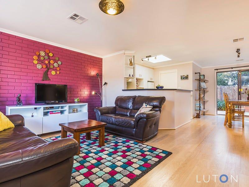 19/21 Cossington-Smith Crescent, Lyneham, ACT 2602