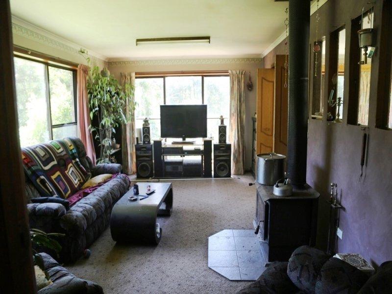 783 Maguires Road, Trowutta, Tas 7330