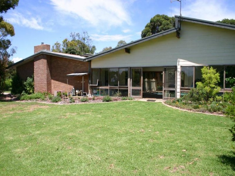 4593 Murray Valley Highway, Lake Boga, Vic 3584
