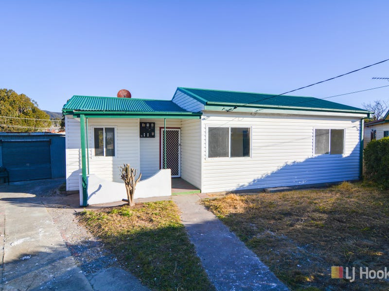 4 Buttress Place, Lithgow, NSW 2790