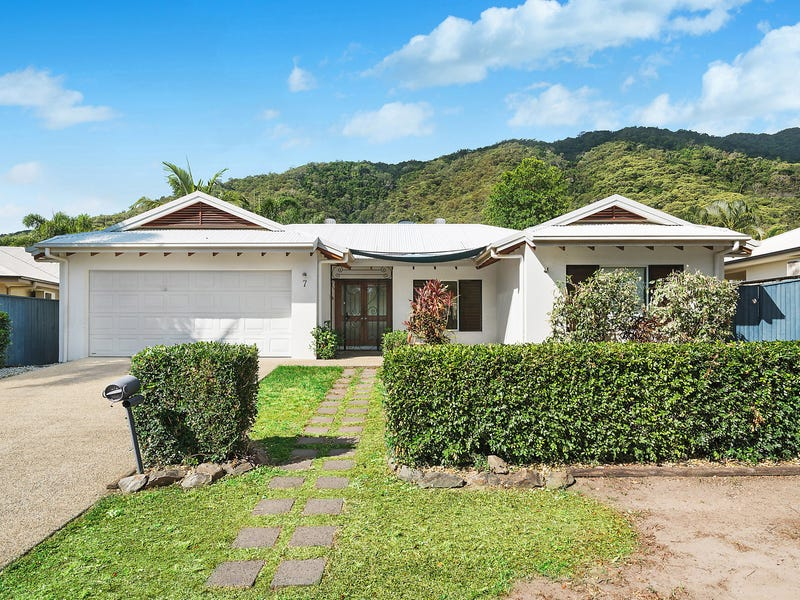 7 Sago Close, Palm Cove, Qld 4879