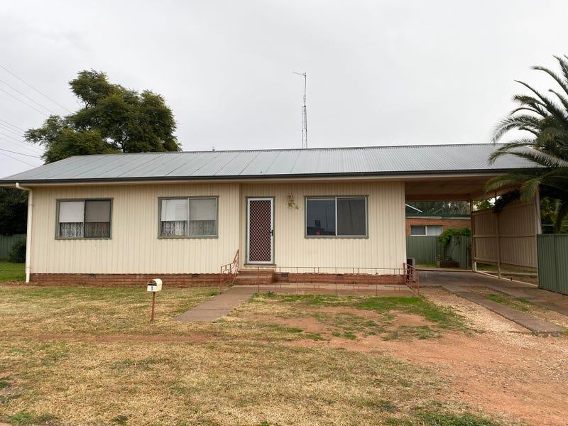 1 Main Street, West Wyalong, NSW 2671